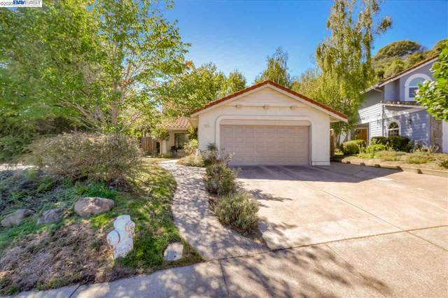 6300 Ridgewood Dr, Castro Valley, CA 94552 (#BE40921663) :: RE/MAX Gold