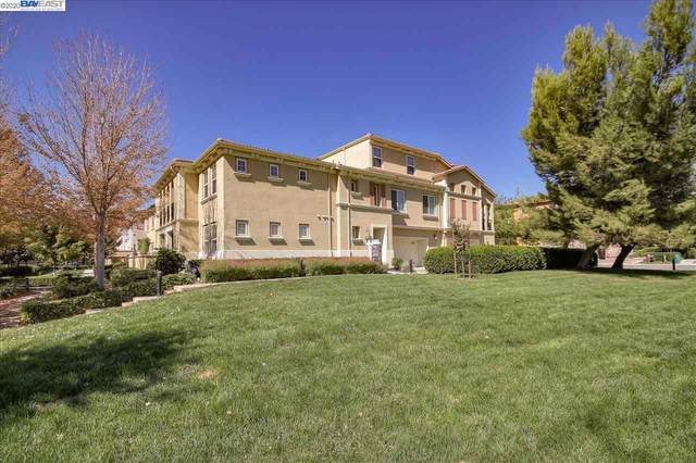 681 Selby Ln 4, Livermore, CA 94551 (#BE40920665) :: Real Estate Experts