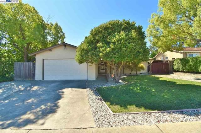 2204 Center Ave, Martinez, CA 94553 (#BE40922536) :: The Realty Society