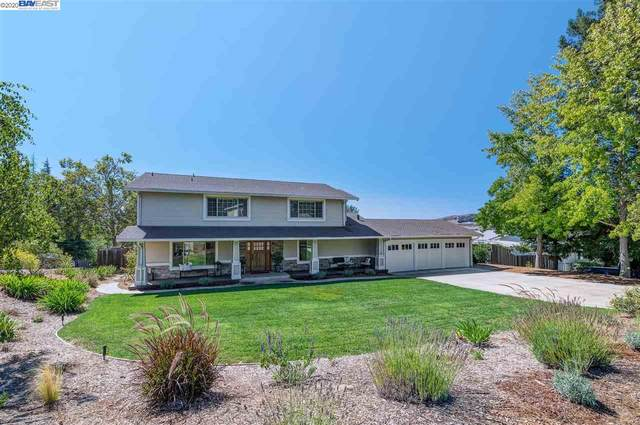 101 Camaritas Court, Danville, CA 94526 (#BE40922793) :: The Realty Society