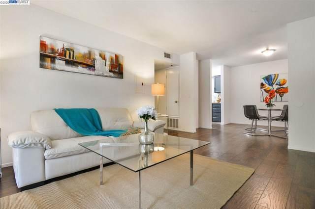 711 S Bayshore Blvd 4, San Mateo, CA 94401 (#BE40924569) :: The Kulda Real Estate Group