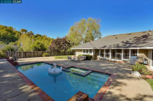 2 Magee Ct, Moraga, CA 94556 (#CC40924768) :: Strock Real Estate