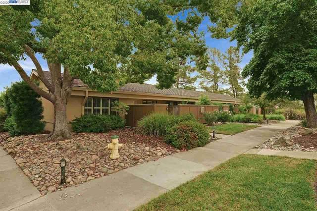 1736 Golden Rain Rd 1, Walnut Creek, CA 94595 (#BE40921535) :: Schneider Estates