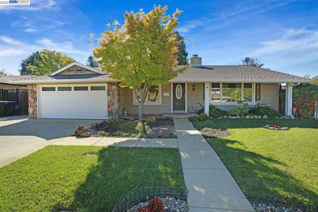 873 Saturn Way, Livermore, CA 94550 (#BE40926221) :: The Realty Society