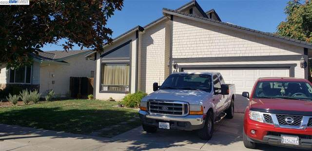 40 Knight Lane, Hollister, CA 95023 (#BE40926652) :: The Kulda Real Estate Group