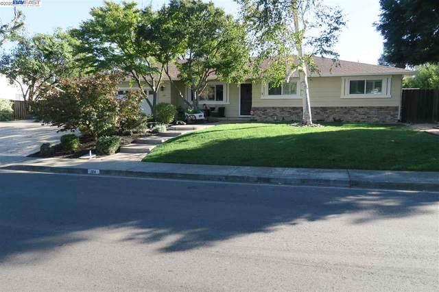 124 San Thomas Way, Danville, CA 94526 (#BE40926880) :: Robert Balina | Synergize Realty