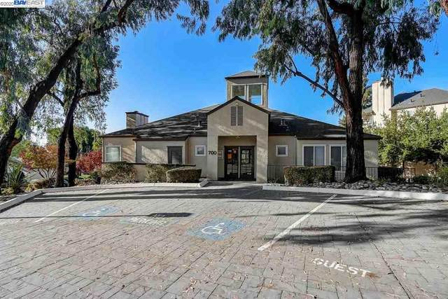 687 Royston Ln 126, Hayward, CA 94544 (#BE40926836) :: Strock Real Estate