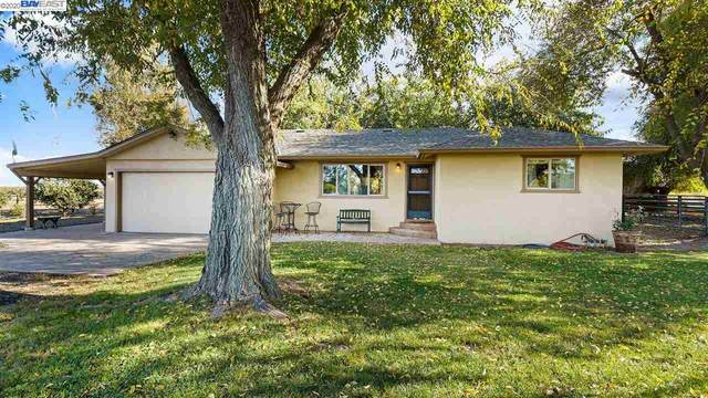 1530 French Camp Rd, Manteca, CA 95336 (#BE40929967) :: The Kulda Real Estate Group