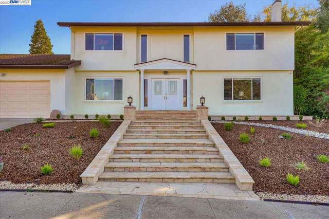 2757 Comstock Cir, Belmont, CA 94002 (#BE40929972) :: The Gilmartin Group