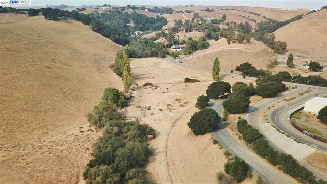 0000 Vargas Rd, Fremont, CA 94586 (#BE40930319) :: Robert Balina | Synergize Realty