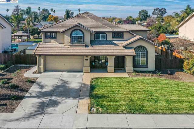 1438 Columbine Way, Livermore, CA 94551 (#BE40930924) :: Real Estate Experts