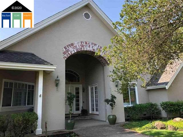 850 Gail Court, Walnut Creek, CA 94598 (#MR40931458) :: Schneider Estates