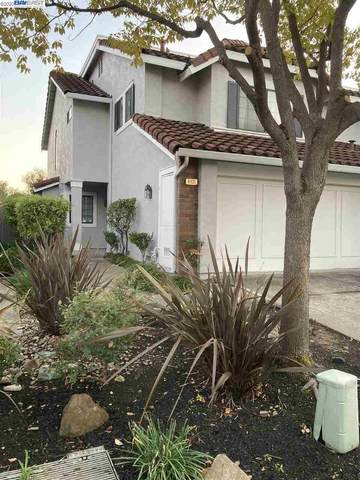 6931 Lariat Ln, Castro Valley, CA 94552 (#BE40932959) :: Real Estate Experts
