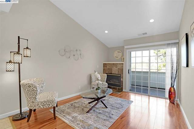 22537 Center Street #207, Hayward, CA 94541 (#BE40934058) :: Real Estate Experts