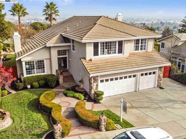 8233 Brittany Dr, Dublin, CA 94568 (#BE40933205) :: Real Estate Experts