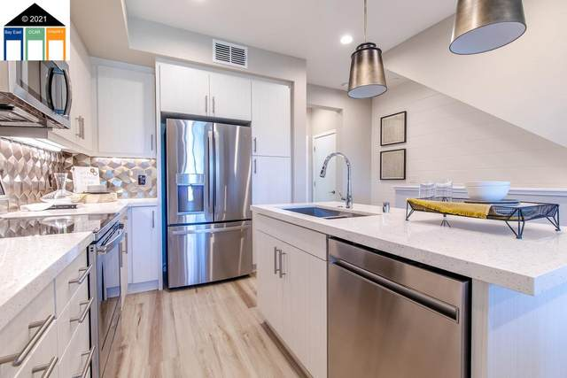 3825 Wattling Street, Oakland, CA 94601 (#MR40934292) :: The Kulda Real Estate Group