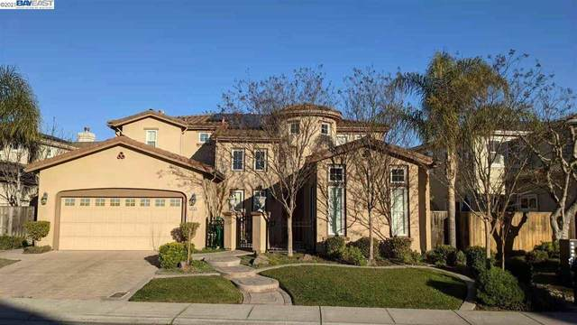 5749 Saint Andrews Dr., Stockton, CA 95219 (#BE40935002) :: The Gilmartin Group