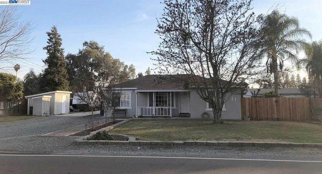 5676 Northland Road, Manteca, CA 95336 (#BE40935173) :: The Gilmartin Group
