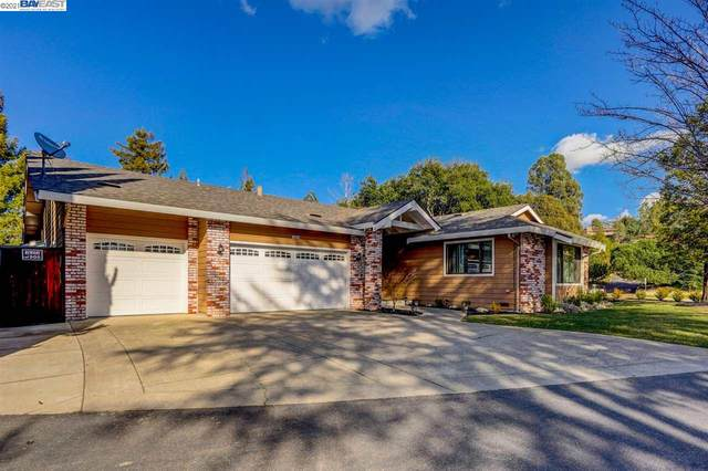 4648 Crow Canyon Pl, Castro Valley, CA 94552 (#BE40940542) :: The Realty Society