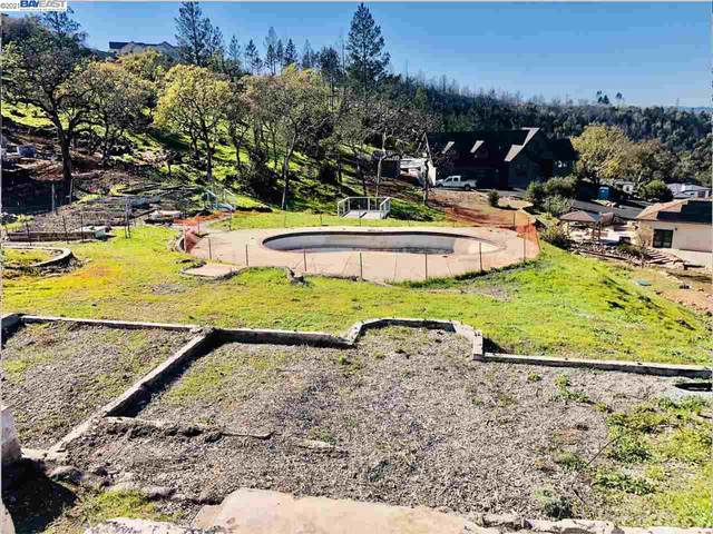 3945 Shelter Glen, Santa Rosa, CA 95404 (#BE40940577) :: Robert Balina | Synergize Realty