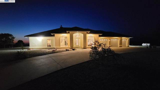 3312 Hagen Rd, Valley Springs, CA 95252 (#BE40944708) :: The Realty Society