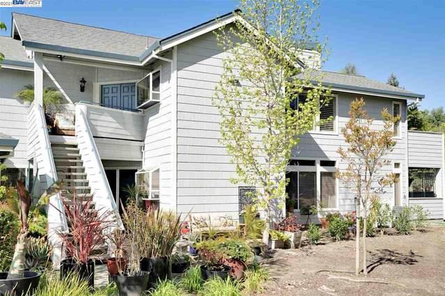 2102 Stonefield Ln, Santa Rosa, CA 95403 (#BE40944979) :: The Realty Society