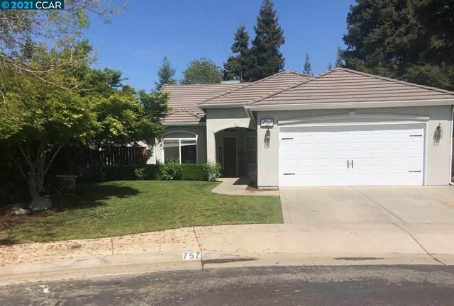 757 Coventry Ave, Clovis, CA 93611 (#CC40945178) :: Intero Real Estate