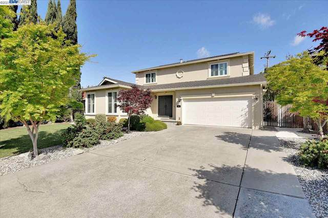 883 Russell Ln, Milpitas, CA 95035 (#BE40945110) :: The Sean Cooper Real Estate Group