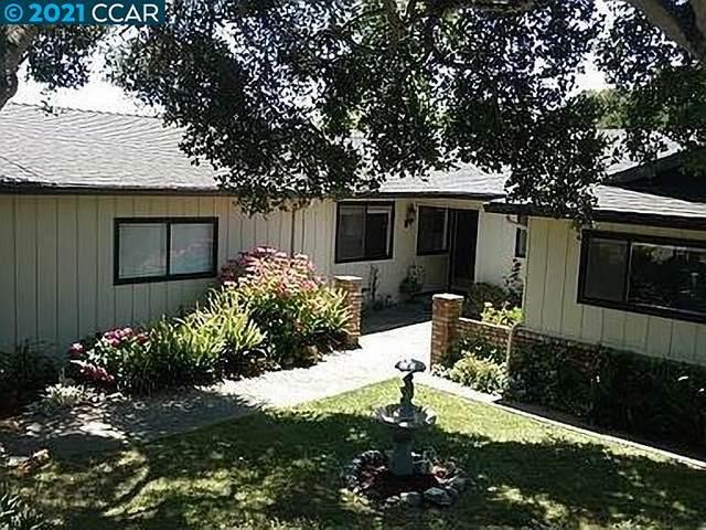 9452 Willow Oak Road, Salinas, CA 93907 (#CC40943846) :: Schneider Estates