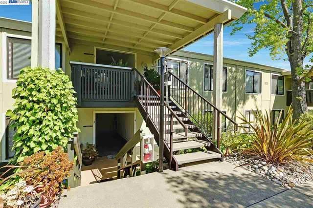 2101 Pine Knoll Dr 4, Walnut Creek, CA 94595 (#BE40949573) :: The Gilmartin Group