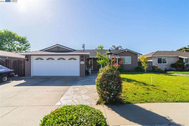 4927 Cody Ct, Fremont, CA 94538 (#BE40949826) :: The Gilmartin Group