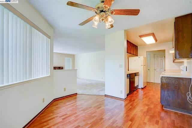 21100 Gary Dr 204, Hayward, CA 94546 (#BE40952148) :: Real Estate Experts