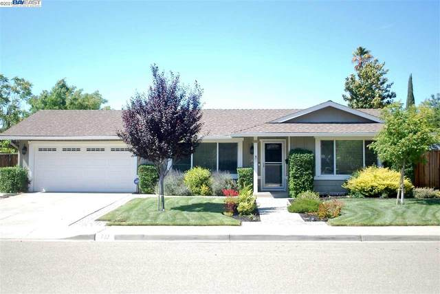 732 Saturn Way, Livermore, CA 94550 (#BE40951383) :: Paymon Real Estate Group