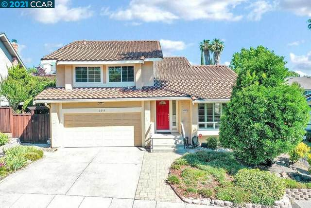 2253 Lake Crest Court, Martinez, CA 94553 (#CC40953131) :: Schneider Estates