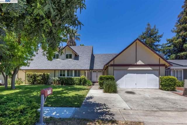 319 Los Pinos Way, San Jose, CA 95119 (#BE40954112) :: Alex Brant