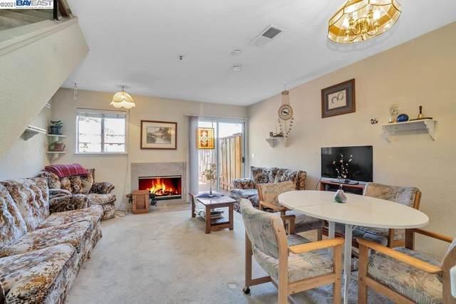 260 Flint Ct 17, Hayward, CA 94541 (#BE40954123) :: Real Estate Experts