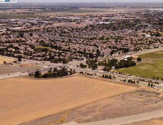 Eleventh Street, Tracy, CA 95377 (#BE40954139) :: The Gilmartin Group