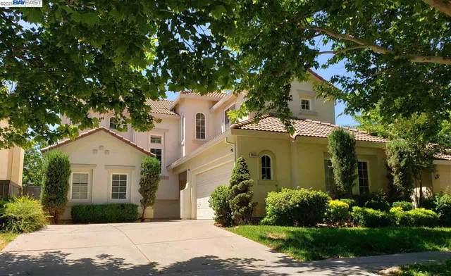 2004 N Bend Dr, Sacramento, CA 95835 (#BE40954402) :: Real Estate Experts