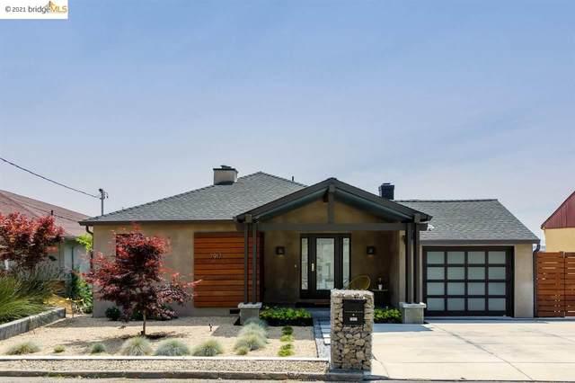 7917 Outlook Ave, Oakland, CA 94605 (#EB40955241) :: Schneider Estates