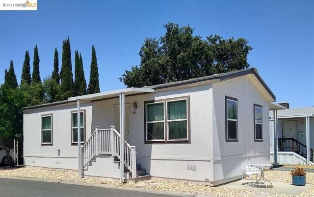 42 Adobe Drive 42, Concord, CA 94520 (#EB40955268) :: Paymon Real Estate Group