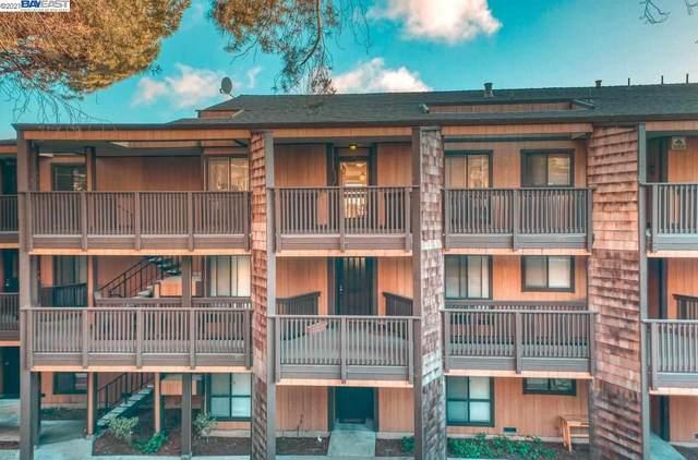 16389 Saratoga St 305E, San Leandro, CA 94578 (#BE40957511) :: The Gilmartin Group