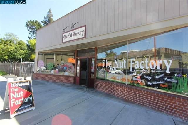 Golden Gate Way, Lafayette, CA 94549 (#CC40959340) :: Strock Real Estate