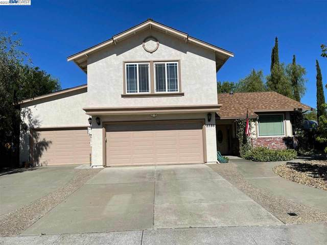 2386 Spyglass Hills Rd, Livermore, CA 94551 (#BE40959482) :: Robert Balina | Synergize Realty