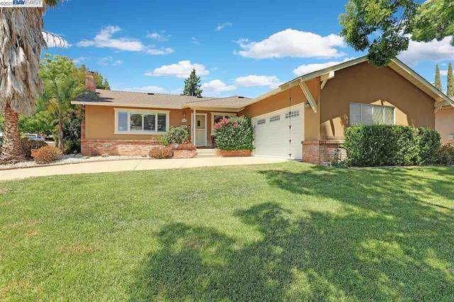 332 Michell Ct, Livermore, CA 94551 (#BE40959708) :: The Gilmartin Group