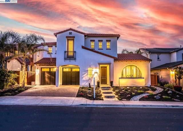 2426 Marsanne St, Danville, CA 94506 (#BE40960146) :: Real Estate Experts