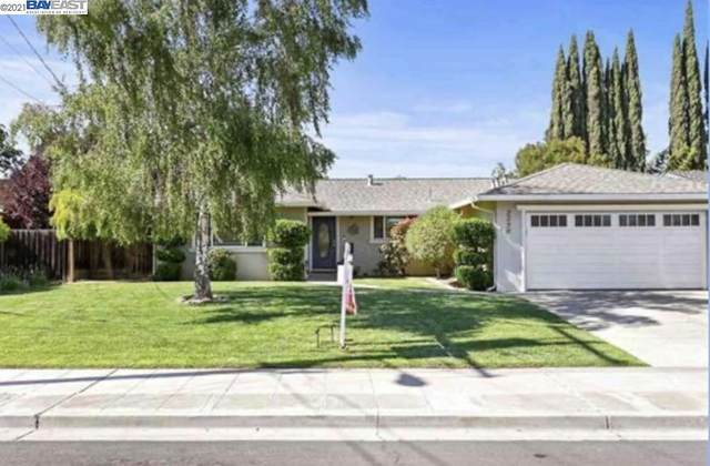 2290 Chateau, Livermore, CA 94550 (#BE40960331) :: The Gilmartin Group