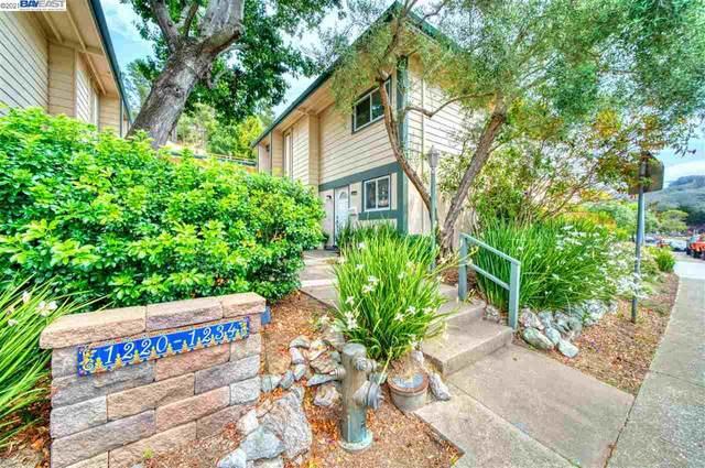 1220 Terra Nova Blvd, Pacifica, CA 94044 (#BE40960771) :: The Kulda Real Estate Group