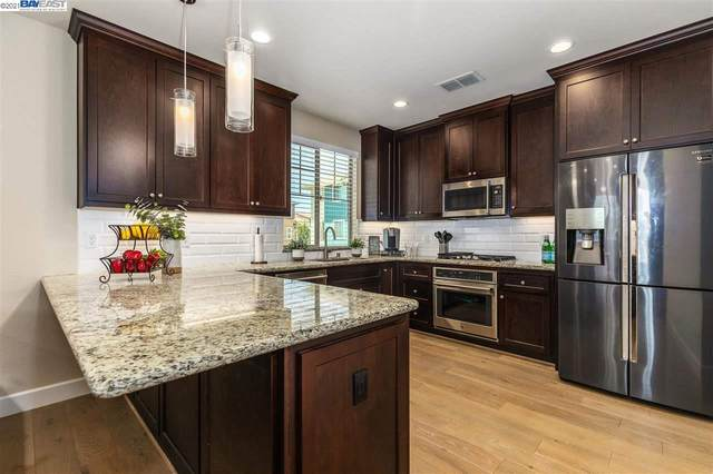 865 Tranquility Circle 9, Livermore, CA 94551 (#BE40960853) :: Alex Brant