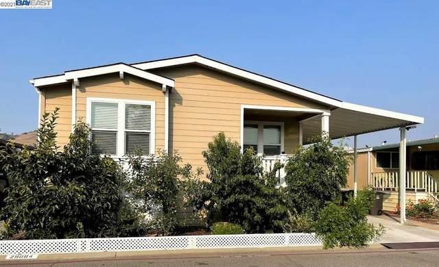 29084 Aztec Rd 82, Hayward, CA 94544 (#BE40963914) :: Intero Real Estate