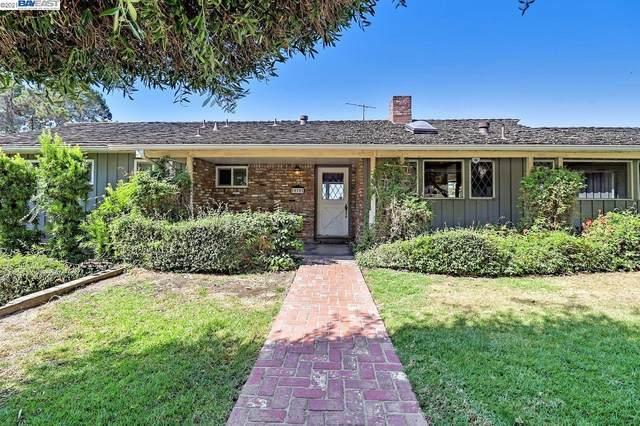 10701 Snowdown Ave, Oakland, CA 94605 (#BE40966208) :: Intero Real Estate
